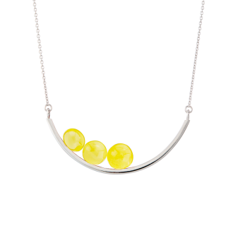 Balance necklace by Bukkehave in milky amber