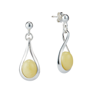 Classic Selection earrings in milky amber