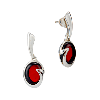 Classic Selection earrings in cherry amber
