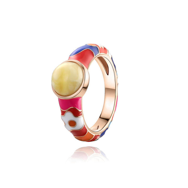 Lucky 8 anniversary ring in milky amber and enamel