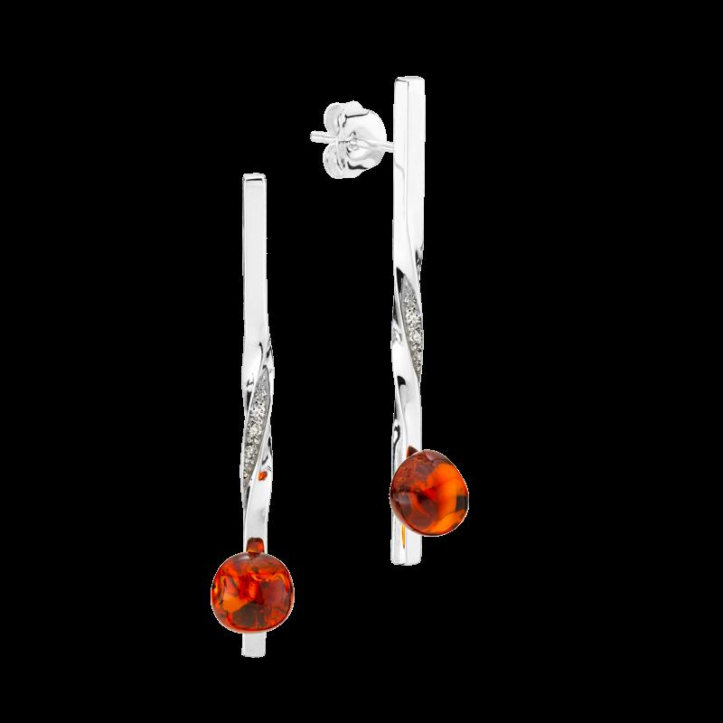 Balance Twist earrings by Bukkehave in cognac amber
