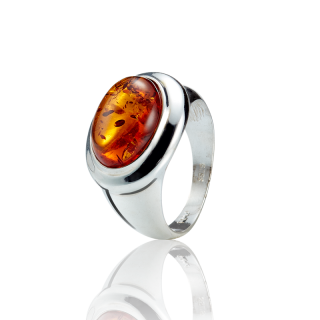 Classic Selection ring in cognac amber