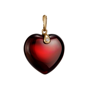 Valentines heart pendant in cherry amber and gold